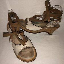 Indigo by Clarks Women's Size 8.5M Pebble Leather Ribbon Wrap Ankle Sandals Ecru