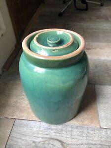 FABULOUS Vintage Green Glaze Stoneware CROCK & Lid ~ Pickle Cookie Jar Canister
