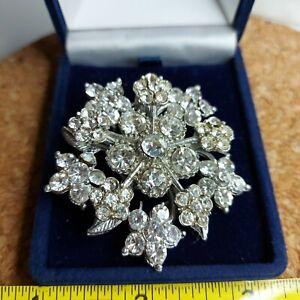 Vintage Starburst Sparkly Diamante Brooch, Silver Tone Flower Themed Brooch, 3D