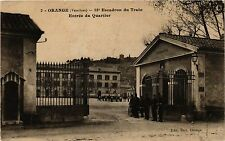 CPA MILITAIRE Orange-Escadron du Train, Entrée du Quartier (316341)