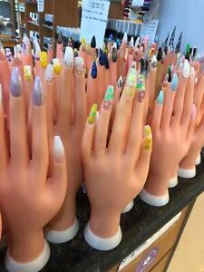 Movable Practice Manicure Nails Hand & Practice-Fingers Nail Art Display (LEFT)