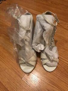 NWT Wedding Shoes Davids Bridal Lulu Wedges Ivory size 9
