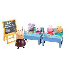 Peppa Pig Aula Escuela con 5 Figuras Conjunto Playset de Juguete Accesorios 3+
