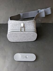 Google Daydream View VR headset with remote