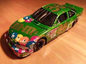 Ken Schrader 2000 Action Elite 1:24 scale Green M&M's Pontiac Grand Prix diecast
