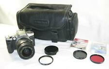 MINOLTA MAXXUM 5 SLR CAMERA-QUNTARAY 28-90MM 1:3.5-4.5 LENS-3 FLTRS-CAMERA BAG