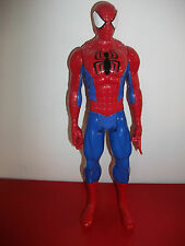 15.4.12.21 Grande figurine articulée Spider Man 28cm Hasbro 2013