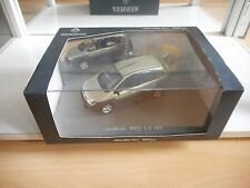 Universal Hobbies Renault Scenic RX4 2.0 16V in Grey on 1:43 in Box