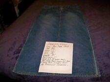 "Squeeze,juniors/ladies Size,med.blue denim skirt, size 9/10, waist 26"" Hips 26"""