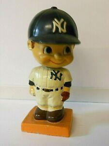 Vintage 1960's MLB ~ New York Yankees ~ Bobblehead Nodder w/ Square Base