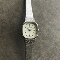 Vintage Waltham Women's Watch Silver Tone Case And Band Bin L