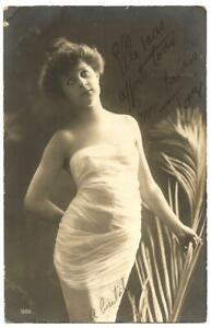 Real photo postcard. Woman. 1900s.write on back.