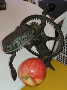 Vintage Antique Hand Crank Cast Iron Apple Peeler - Reading PA. Hardware Co. #78