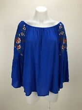 Umgee Women's Size M Top Blue Embroidered Lace Inset 3/4 Bell Sleeve Blouse
