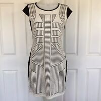 Orientique Black White Pattern Cap Sleeve Dress Back Cut Out Size 12 Keyhole