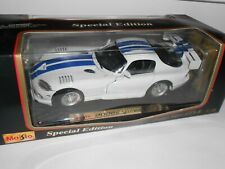 Maisto Dodge Viper GTS-R 1997. 1:18 scale. Die cast. As NEW cond. Boxed