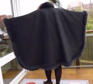 Wende Cape lang echt Pelz Virgin Wool Saum ca  615 cm one size
