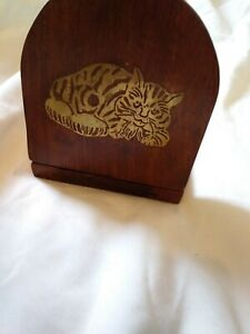 Vintage wooden extendable bookslide, folding ends decorated with brass cat motif