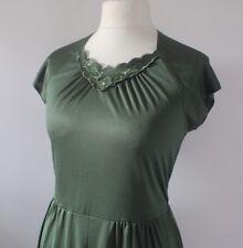 Vintage 1970s Midi Dress Green Applique RETRO Hippy Boho Winter Dress 14