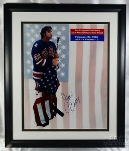 Signed Jim Craig 1980 USA Olympic Hockey Old Glory Flag 16x20 Photo Framed 14809