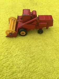 VINTAGE MATCHBOX SERIES 65 CLASS COMBINE HARVESTER MADE IN ENGLAND BY LENSEY