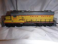 Vintage 1980s HO Scale Tyco Mantua Union Pacific 5628 Diesel Locomotive