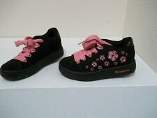 Heelys #7412 Black Pink Flowers Floral Sneakers Skate Shoes Sz 1Y Youth