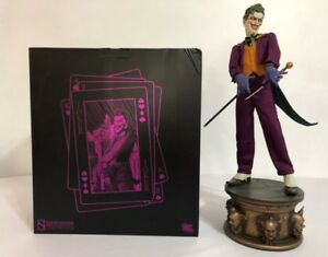 Sideshow Collectibles DC Comics The Joker Premium Format Figure Statue