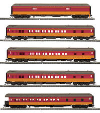HO MTH Milwaukee Road 5 Car Heavyweight Passenger Set for 2 Rail Track 80-40010