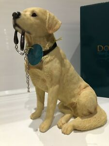 Yellow Golden Labrador Retriever Dog 'Sitting Walkies' Ornament Gift Figurine