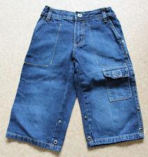 Schöne ungetragene Jeans-Shorts Größe 110/116 von TCM