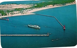 Vintage Postcard - The SS Milwaukee Clipper Queen Of Lake Michigan MI #5531