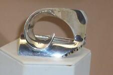Vintage Modernist Abstract Design Heavy Sterling Silver Hinged Bracelet 71.1 Gms