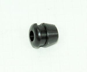 06-0903 060903 Alternator lead grommet stator rubber lichtmaschinen kabelgummi