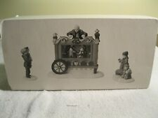 Department 56 Dickens Village The Old Puppeteer #58025
