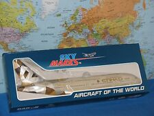 1/200 SKYMARKS ETIHAD AIRWAYS AIRBUS A380-800 W/GEAR AIRCRAFT MODEL *BRAND NEW*