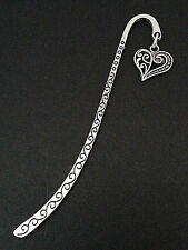 New Antique Silver Metal Bookmark with Patterned Heart Charm Accessory Gift V1