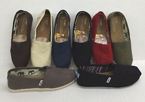 TOMS WOMEN CLASSIC CANVAS SLIP-ON SHOES 100% AUTHENTIC