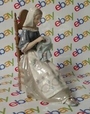 Disney Cinderella Porcelain Figure Pre-owned Limited Number 5439 Dolls & Bears Disney