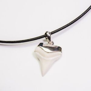 25-27mm White tip great shark tooth 92.5 sterling silver souvenir gift charm s34
