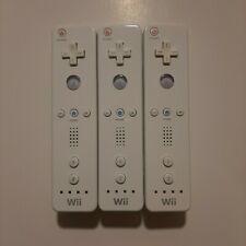 Official White Nintendo Wii Remotes/Controllers * 3 Pack * Tested & Working *