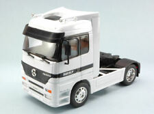 Mercedes Actros White Truck 1:32 Model WELLY