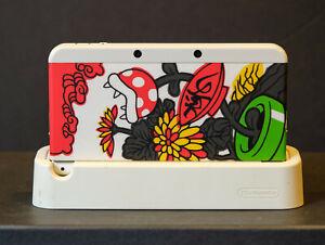 Nintendo New 3DS W/ kisekae No.71 Mario Hanafuda plates, cradle, and chargers