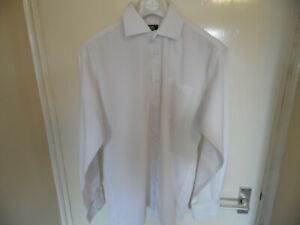 """Gents White Button Up, Long Sleeve, Collared Shirt Size Large, Neck 15"""""""