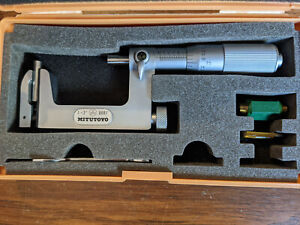 """Mitutoyo 1-2"""" Anvil Type Outside Micrometer No 117-108"""