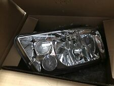 VOLKSWAGEN JETTA/BORA 99-05 MK4 CHROME HOUSING HEADLIGHT - D1