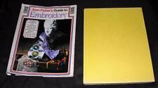 VINTAGE 1973 cover RIGIDA Ago artigianato come a Libro Joan Fishers GUIDA RICAMO