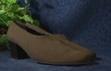 Very Nice Brown Fabric ROBERT CLERGERIE Pumps US 8