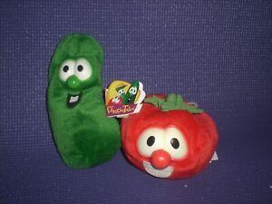 Veggie Tales Bob & Larry plush w/ beans fisher price