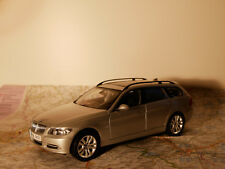 KYOSHO BMW330 i TOURING SILBER ART.80430394360 BWM-DEALER-VERSION+BOX 1:18 NEW